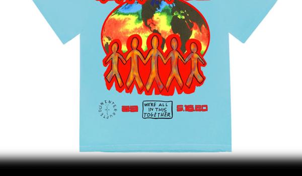 Travis Scott e Lebron James hanno disegnato una maglietta per celebrare i maturandi del 2020