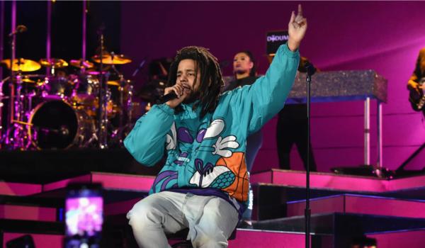 J Cole annuncia l'uscita del nuovo album